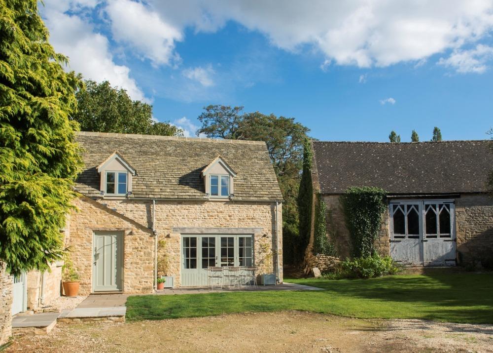 A lovely village house in Bledington - Barn Cottage and ...