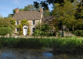 Mill Cottage, Little Faringdon - SOLD - Guide Price £895,000